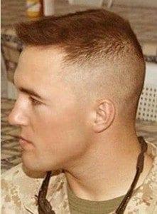 Coupe de cheveux militaire americain homme